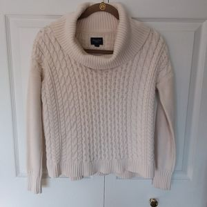 American Eagle Outfitters cowl neck sweater szM